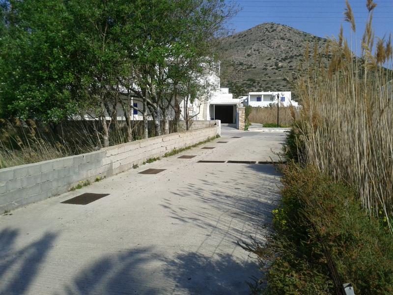 Κατασκευή δικτύου αγωγού ομβρίων οικισμού Κινίου και Γαλησσά Δήμου Άνω Σύρου gallery