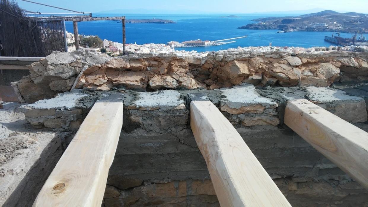 Ανακαίνιση κατοικίας στην Άνω Σύρο gallery