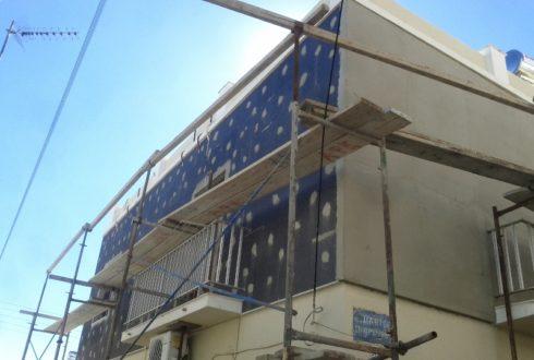 Θερμοπρόσοψη σπιτιών στην Ερμούπολη